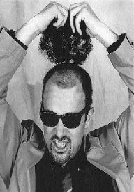 Las máscaras para los cabellos con el coñac y la sal marina