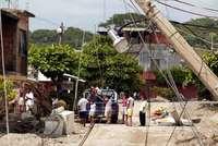 danos causados por el huracan stan: