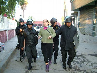 http://www.jornada.unam.mx/2006/05/09/fotos/007n1pol-1.jpg