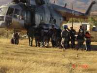 En helicóptero, agentes de la PFP trasladaron al penal federal de Nayarit a los detenidos en Oaxaca