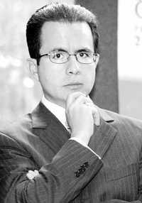 Foto: César Nava, secretario particular de Felipe Calderón