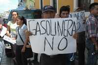 Vecinos de la ciudad de Campeche protestaron contra la instalación de una gasolinera propiedad de la familia de Juan Camilo Mouriño