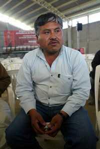 """""""Creo que la queja que presentamos"""" contra soldados """"está relacionada con la agresión a nuestra hermana mayor Ernestina"""", afirmó el alcalde Javier Pérez Pascuala"""
