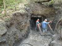 Vista de la zona natural protegida del Cerro de la Silla, donde trabajadores de la empresa Geo Tecnológica SA realizan excavaciones, supuestamente para extraer material que se enviará a un laboratorio a fin de realizar pruebas de resistencia