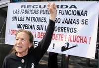 La senadora Rosario Ibarra consideró que las comisiones de derechos humanos serían innecesarias si las autoridades realizaran su trabajo apegadas a la ley. La imagen fue captada en una manifestación realizada el primero de mayo pasado