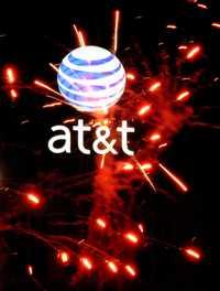 Logotipo de AT&T, empresa estadunidense de telecomunicaciones que reportó un aumento de 61 por ciento en sus ganancias para el segundo trimestre del año