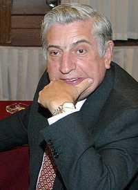 En imagen de archivo, el senador perredista Arturo Núñez