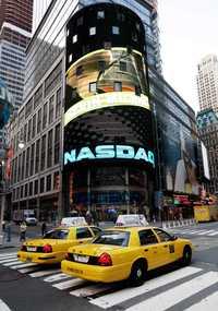 Esquina del mercado Nasdaq en Nueva York, el cual registró una ganancia neta de 79 millones de dólares o 52 centavos por acción en el cuarto trimestre, que significó un aumento de 25 por ciento con respecto al mismo lapso de 2006