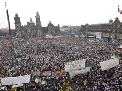 Habrá más movilizaciones: López Obrador