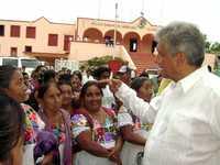 Andrés Manuel López Obrador durante su gira por Yucatán