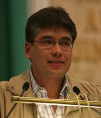 El legislador perredista Tomás Pliego Calvo