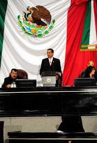 Fidel Herrera Beltrán entrega por escrito al Congreso su ...