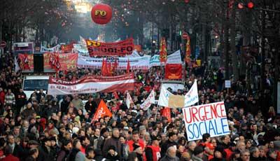 Huelga en Francia y repudio a Sarkozy