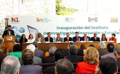 La jornada fraude el concurso para plazas docentes cnte for Concurso para plazas docentes