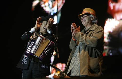 Los Tigres Del Norte eta Ry Cooder, irlandarren festa nagusian gonbidatuta