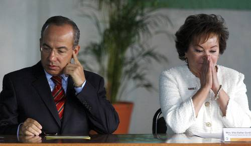 """Felipe Calderón: """"Pues ni modo, de todas maneras va""""    Miguel Ángel Rodríguez"""