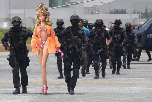 La BarbieEXIGE sexo QUIERE VISITA CONYUGAL QUIEN SE APUNTA 003n1pol-1