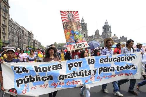 La Jornada: Pretende el gobierno privatizar la educación superior: rectores