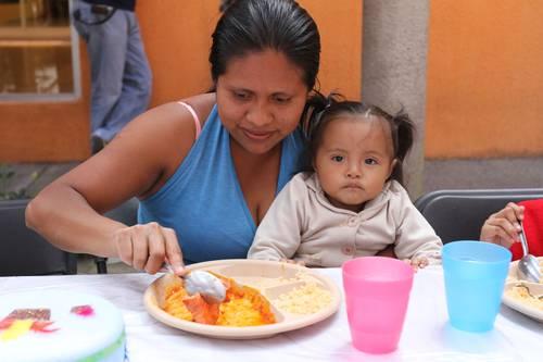 ANSIEDAD EN LAS MADRES ADOLESCENTES - Salud -