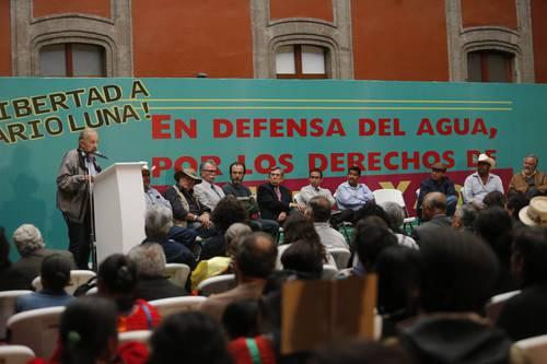 Encabezados por Cuauhtémoc Cárdenas, intelectuales piden liberación de Mario Luna