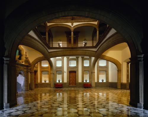La jornada el museo de la ciudad de m xico cumple 50 a os for Palacio de los azulejos mexico