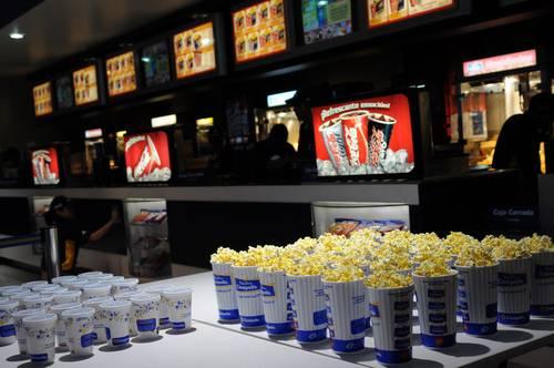 La jornada compensan cines con precios de palomitas y for Cine capitol precio entrada
