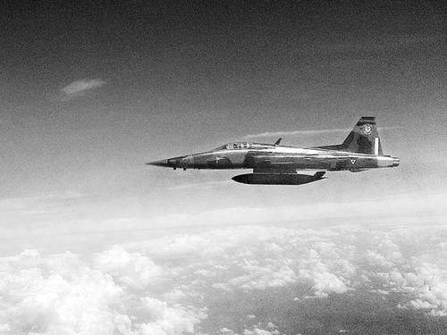 Northrop F-5E/F caza supersónico mexicano parte II - Página 5 024n1pol-1