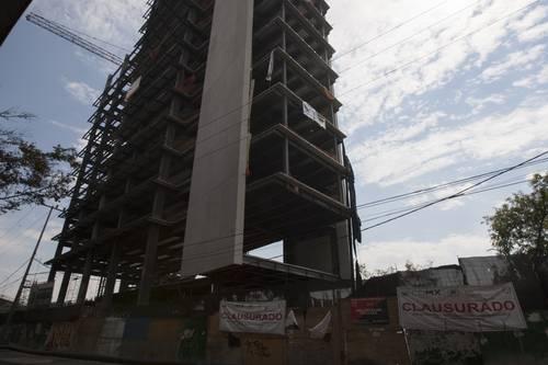 Resultado de imagen para construcciones irregulares en alvaro obregon