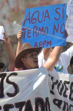 Ejecutan a líder opositor a termoeléctrica de Huexca