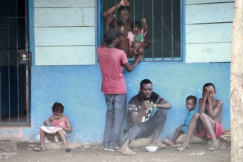 Aún en los condenados de la tierra hay niveles: a los haitianos nadie les hace caso