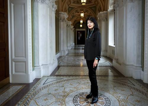 Joy Harjo, primera nativa nombrada poeta laureada de Estados Unidos