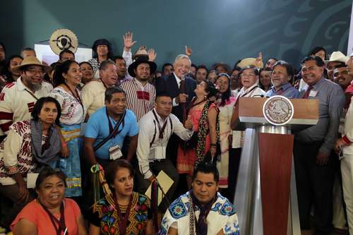 López Obrador ratifica atención prioritaria a los pueblos originarios