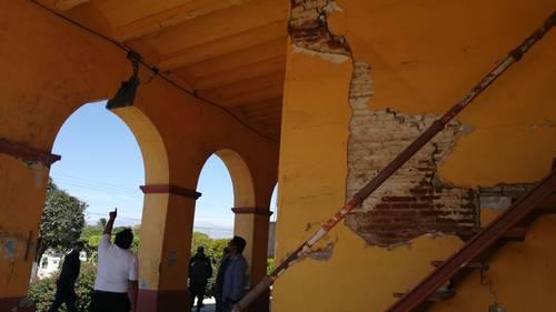Daña un sismo la alcaldía de Unión Hidalgo, 50 viviendas y dos puentes