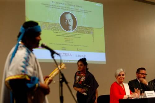 El poeta Martín Makawi impulsa la creación de una escuela rarámuri monolingüe