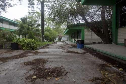 Descartan reanudar en breve clases en escuelas de Oaxaca y Chiapas
