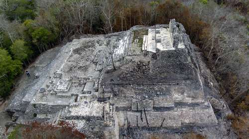 Incendio en Ichkabal destruyó decoración en estuco de 2 mil 400 años de antigüedad