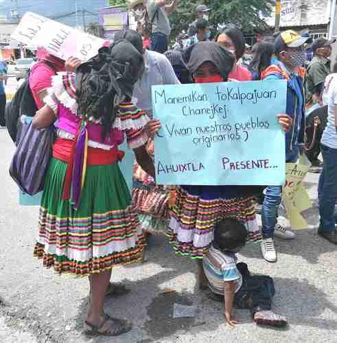 Exigen indígenas al Congreso de Guerrero aprobar iniciativa sobre usos y costumbres