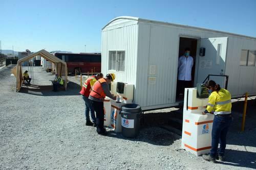 Infectados de Covid-19, 40% de trabajadores de una minera en Durango