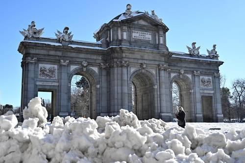 En la imagen, la Puerta de Alcalá.
