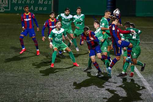 El equipo azulgrana debió recurrir a los tiempos extras para vencer 2-0 al plantel de la Segunda División B.
