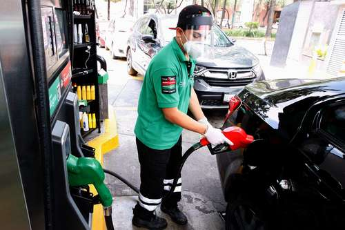 La gasolina Magna tuvo un alza de 3.26 por ciento, mientras el gas LP aumentó 5.33 por ciento en la primera quincena de enero.