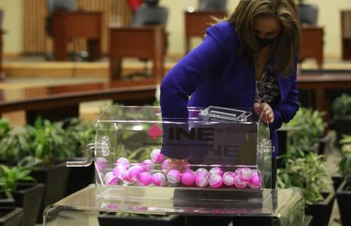 El instituto capacitará a un millón 469 personas para las elecciones del 6 junio.