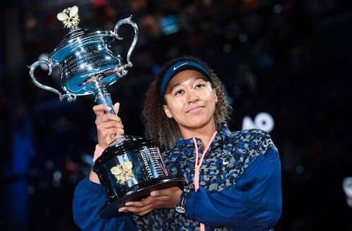 La japonesa sumó su cuarto título de Grand Slam y subirá al segundo lugar de la clasificación mundial.