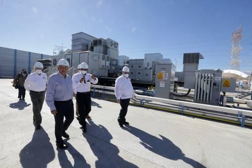 Al exhortar a la población a que ahorre energía, el Presidente estuvo acompañado por el gobernador Carlos Mendoza y el titular de la CFE, Manuel Bartlett.