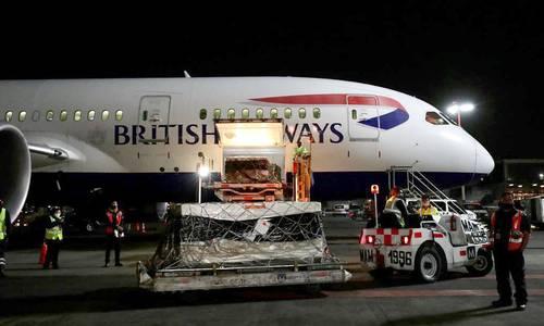 ARRIBA EL CARGAMENTO PROCEDENTE DE MOSCÚ. Anoche aterrizó en el aeropuerto de la CDMX la aeronave de British Airways con el primer paquete de las 24 millones de vacunas acordadas con Rusia.