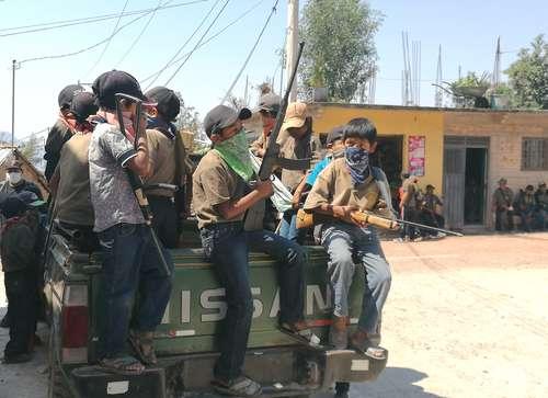 Se adhieren 31 niños a policía comunitaria