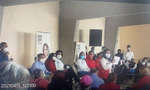 Más de 100 personas de Metepec acudieron a un acto proselitista de Ana Lilia Herrera Anzaldo, candidata del PRI a diputada federal.