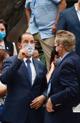 """El líder del blanquiazul, Marko Cortés (izquierda) calificó de """"puro show"""" el ejercicio democrático del primero de agosto."""