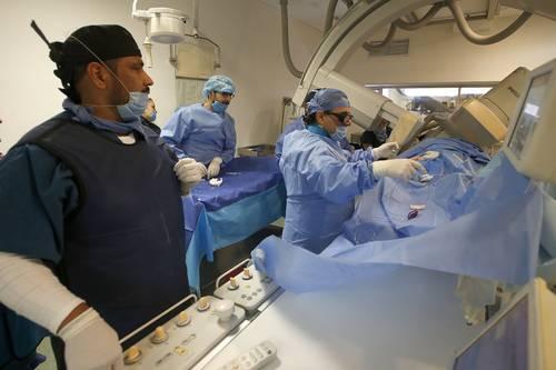 Aspectos de la operación de corazón en el área de Hemodinamia del Hospital General Centro Médico Nacional de la Raza del IMSS.