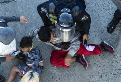 AFP conflicto migrantes frontera.jpg